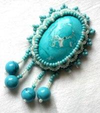 Бижутерия, украшения, подарки, сувениры из бисера,натуральных камней и кожи.
