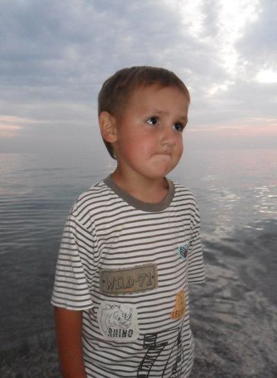 Даниил Нишенко, 21 августа , Киев, id202097137