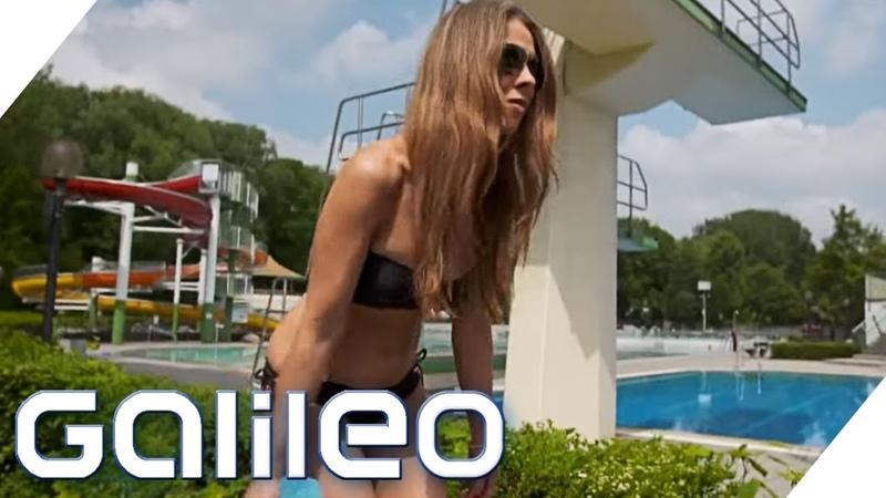 Oben ohne sonnen - ist das erlaubt? Was mache ich, wenn? Freibad-Edition | Galileo | ProSieben
