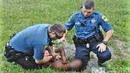 Мальчик перенервничал из-за того, что его папу арестовывают