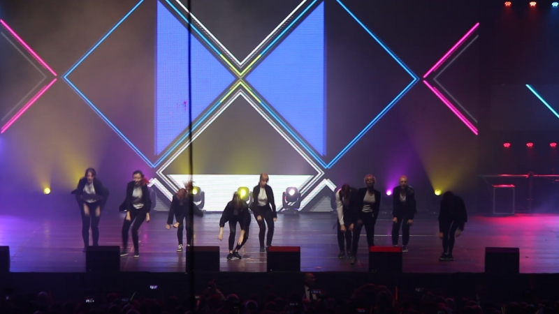 Gentleman'S and LUMINANCE - EXO - Dancing King - K-POP Cover Dance Festival 2018