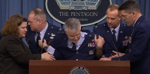 Генерал ввс сша упал в обморок