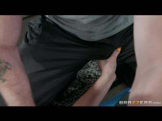 Brazzers Porno Video HD Acupussy Therapy Athena Palomino & Kyle Mason DM Dirty Masseur June 26, 2018 (blond slut)