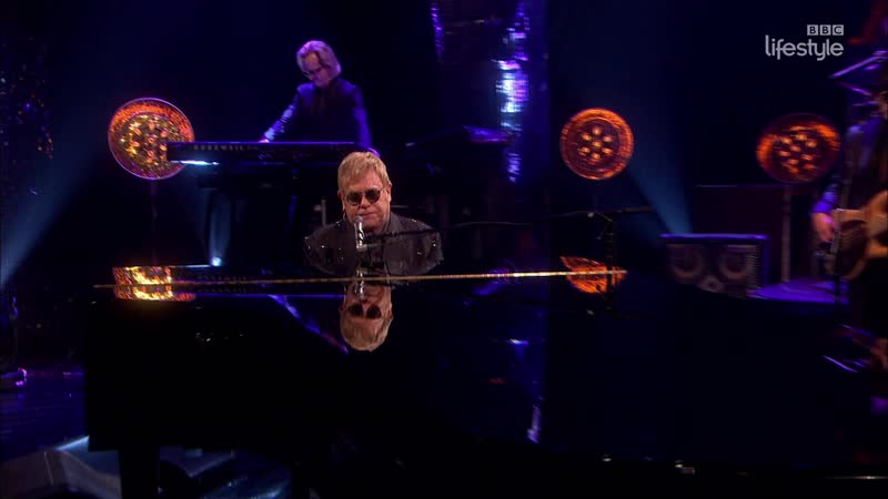 Elton John - Blue Wonderful (The Graham Norton Show 18-18 - 2016-02-05)