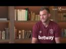 Український футболіст Вест Хема відповів на питання офіційного Youtube каналу лондонців