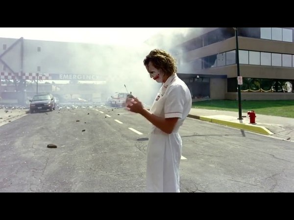 Джокер взрывает больницу