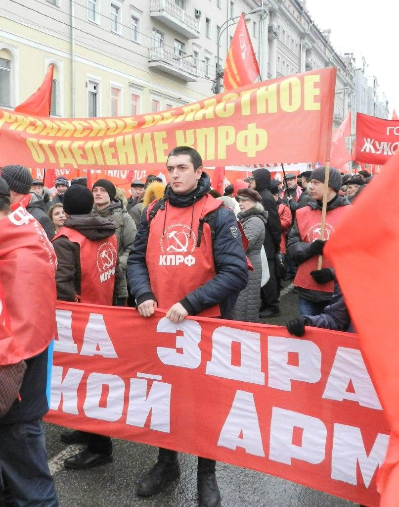 М. Мутаев на шествии в Москве