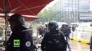 Toulouse: Polizisten greifen Café-Besucher massiv mit Tränengas an und verursachen Feuer