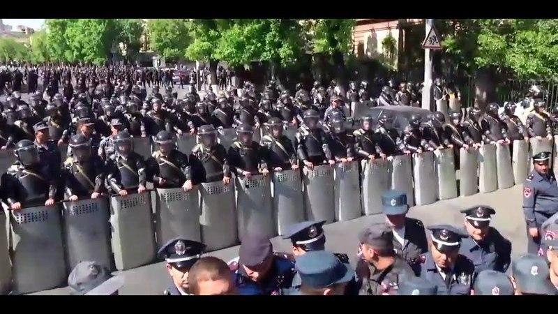 Опять русофобия Армения восстала против скреп диктатуры и коррупции