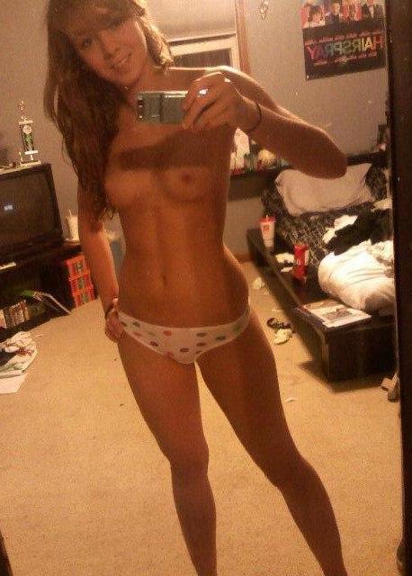 Sexy nude kim kardashian