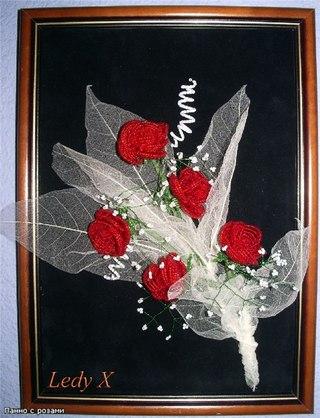 """""""Панно с розами из бисера """".  Прислал: Ledy X. Добавить сюда фото."""