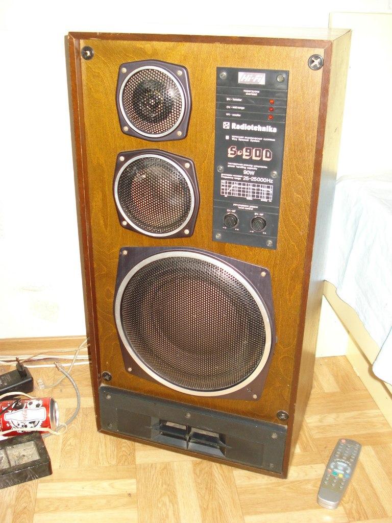 Обменяю одну колонку Radiotehnika S-90D (8 Om) на обычную Radiotehnika S-90 (4ома) Так получилось что у меня непарные...