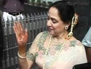 Hema Malini arrives | Esha Deol Mehndi Ceremony
