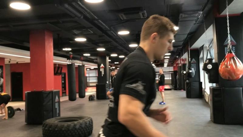 Кроссфит-тренировка бойцов RCC