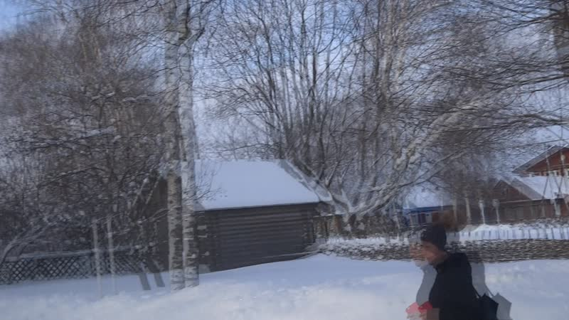 Как снежинка белая в просини я таю Да к судьбе разлучнице след свой заметаю