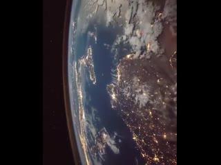 Облет Земли с Международной космической станции. NASA.