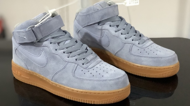 Nike Air Force 1 07 Suede Mid