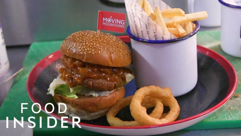 Vegan Vs Meat-Eater: Trying The Bleeding Burger