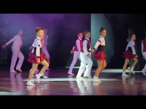 Танец Мы маленькие дети ансамбля Карусель 15 05 2018г 013