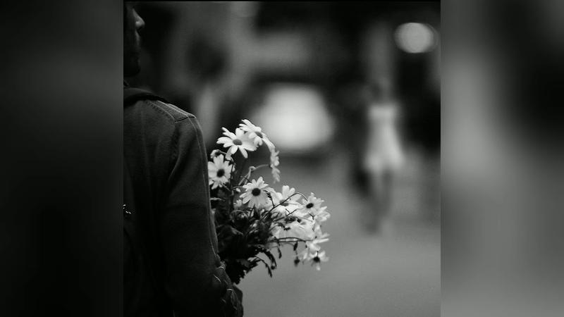 Владимир Глазунов читает стихи Он хлопнул дверью Автор Наталья Задорожная