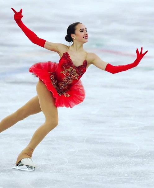 Алина Загитова стала пятой на ЧМ: фигуристка трижды упала в ходе выступления и заплакала