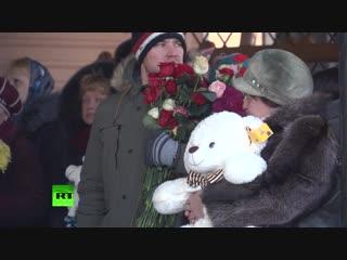 Прощание с погибшими при обрушении подъезда дома в Магнитогорске
