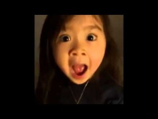 Funny Face Dance By Korean Cute Girl