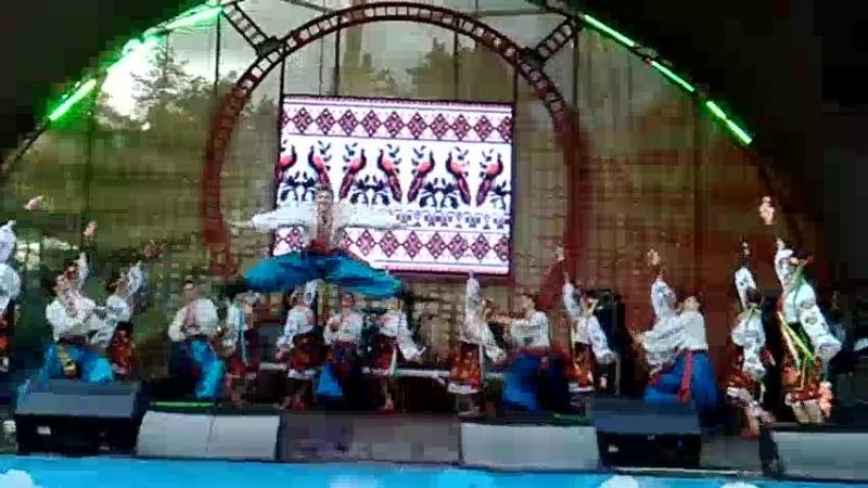 Украінський святковийтеатр народного танцю Заповіт ХГАК в Парке Горького 13 05 18