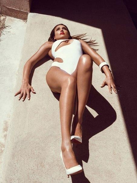 Jessica Alba by Greg Lotus
