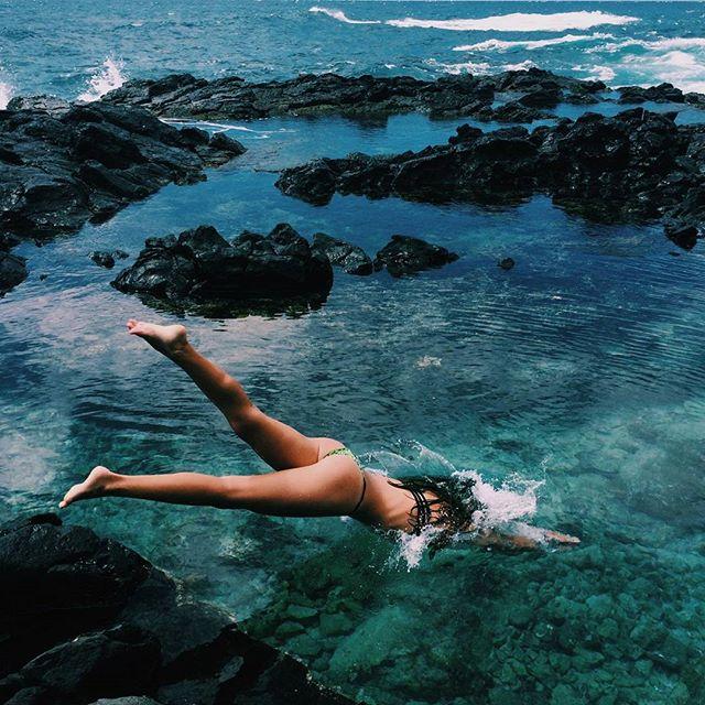 девушка океан