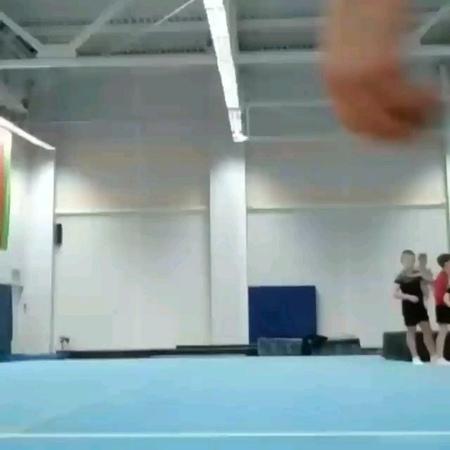 Roma_roach video