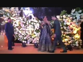 Приянка и Ник Джонас на свадебном торжестве