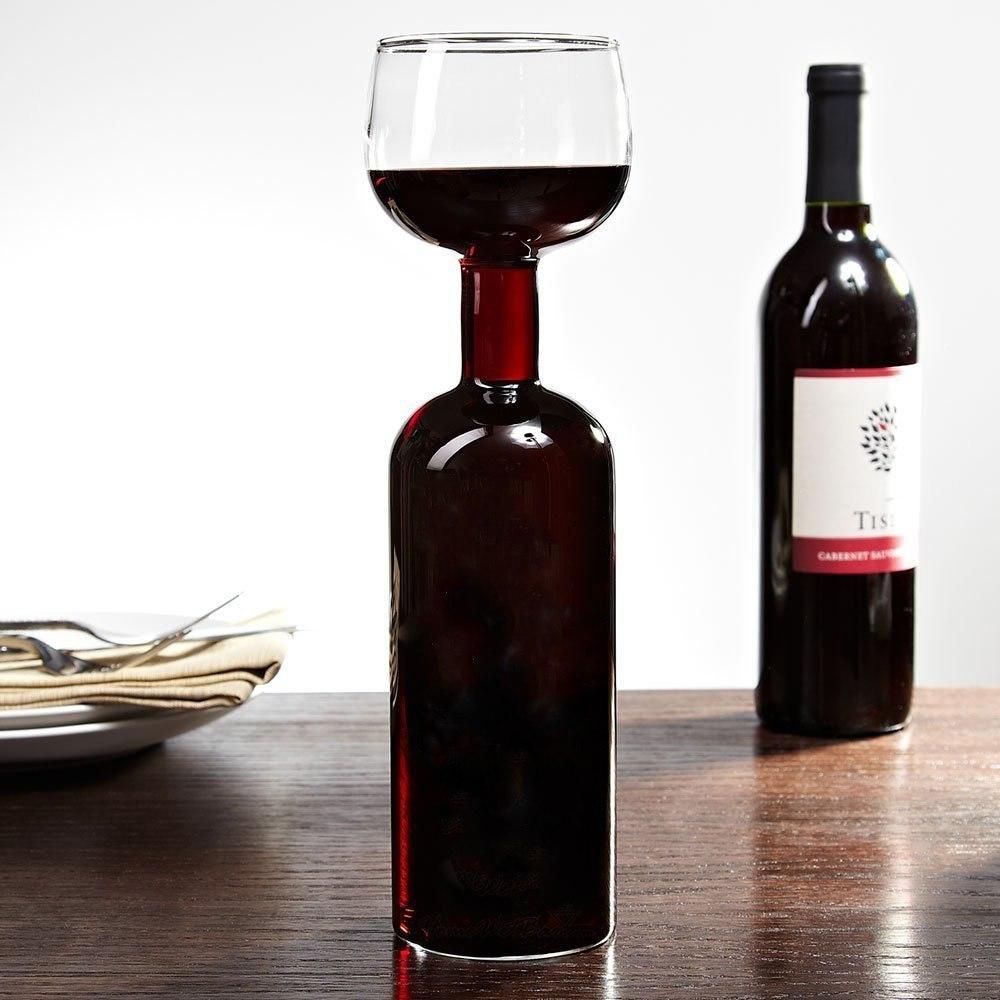 Бокал для вина правильного размера -