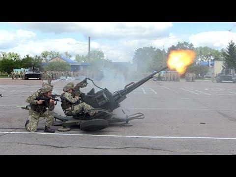 Курсанти житомирського 199-го навчального центру ДШВ продемонстрували свої бойові уміння