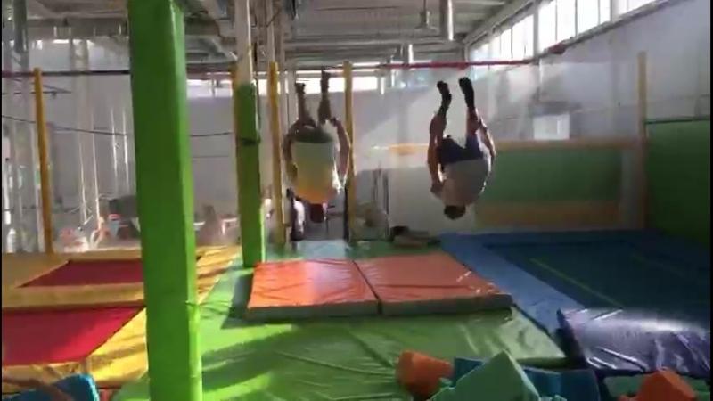Back flip synhro