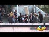 20131019星闻速递《变形金刚4》拍摄次日顺利 剧组成员主动示好媒体