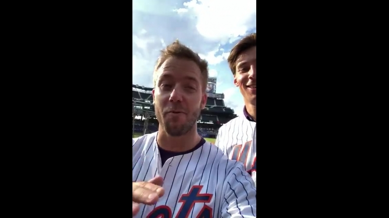Were at the Mets ️ Keep your eyes peeled for a new video with sambirdracing alexlynnracing! FormulaE NYCEPrix