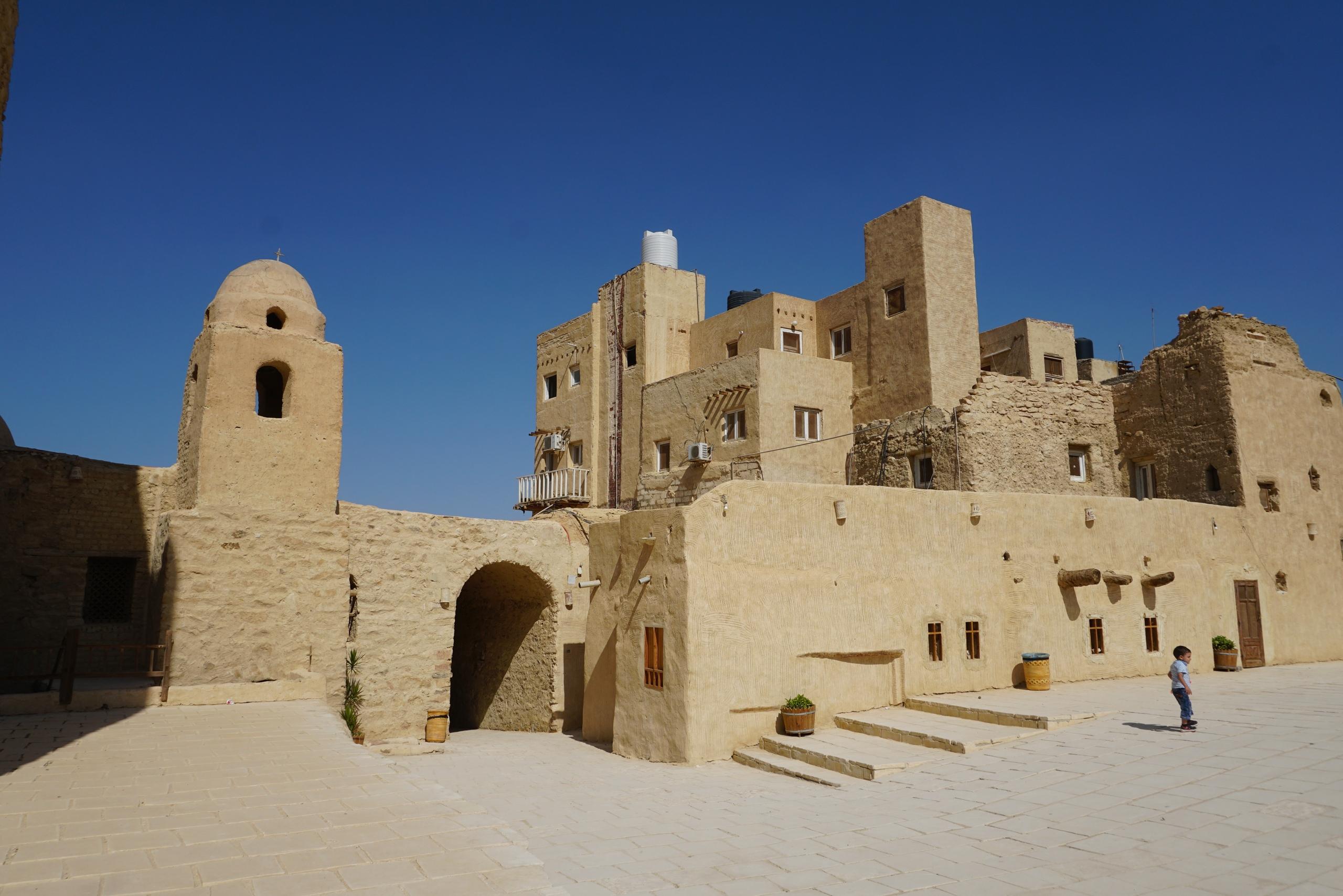 Как выглядит коптский монастырь в пустыни