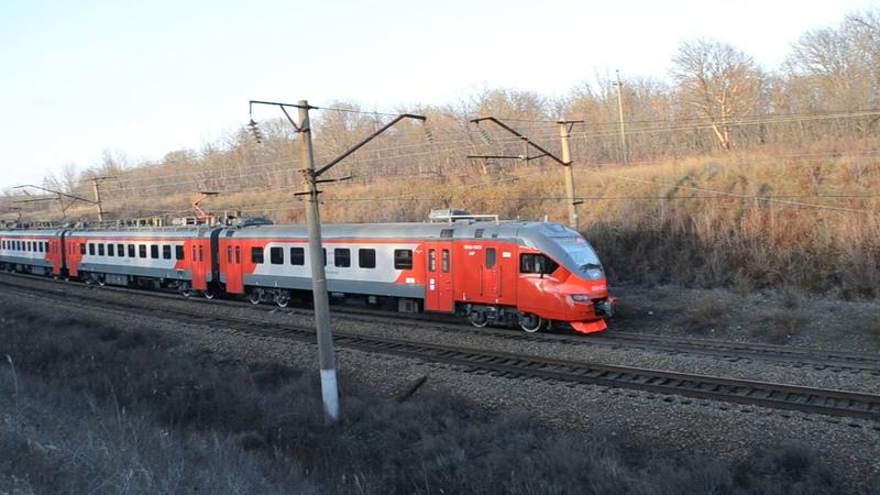 Электропоезд ЭП3Д 0023 о п Морской Чулек