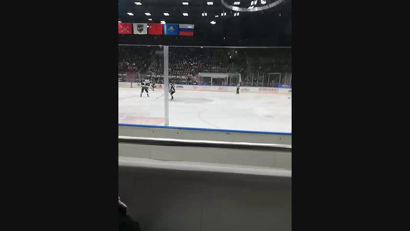 деревенщины на хокее