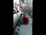 У Рената в гараже