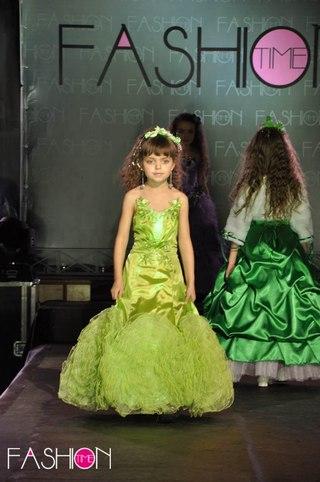 Дитячі святкові сукні від тетяни
