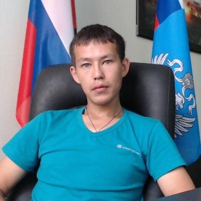 Юрий Сараев