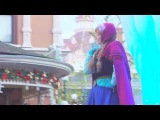 Anna and Elsa from Frozen on Magic on Parade (Disneyland Paris) [Re-upload]