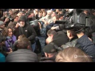 Самые яркие драки с милицией под Киевсоветом