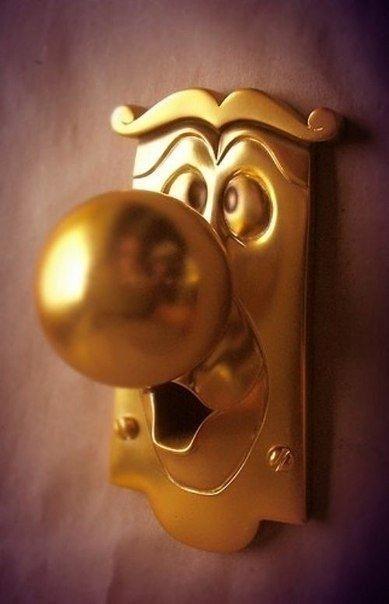 Сказочная дверная ручка