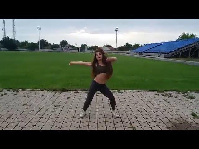 Same ass 18 Yrs Teen Girl Russian Dance Twerk and BOOTY Dance dance in the