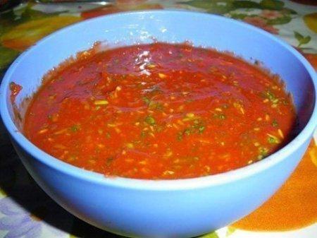 Любимый соус к шашлыку Ингредиенты томатное пюре — 460