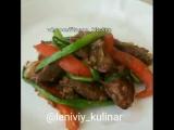 Куриная печень с гречневой лапшой и овощами.