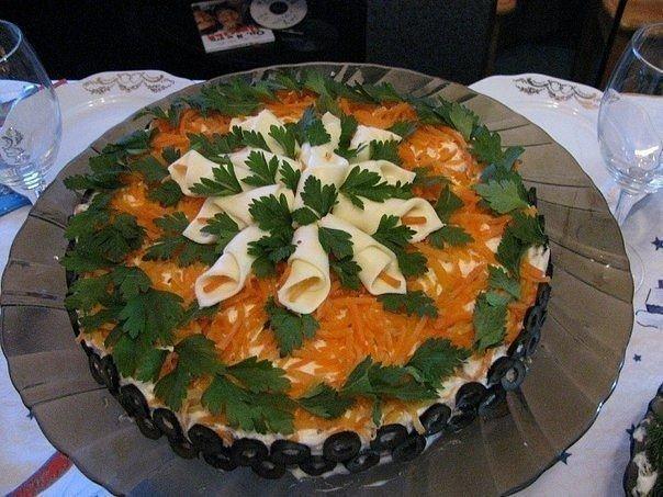 Закусочный салат Виола Ингредиенты: - 200 г